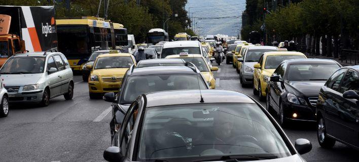 Στους δρόμους οι δάσκαλοι οδήγησης -Γιατί σταμάτησαν οι εξετάσεις για απόκτηση διπλώματος