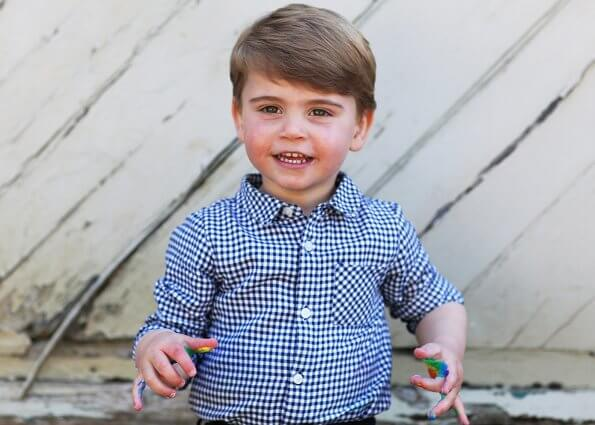 Kate Middleton shared new photos. Prince George, Princess Charlotte, Prince Louis Arthur Charles of Cambridge