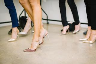 cara memilih sepatu sesuai bentuk kaki