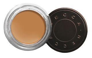 Kylie Jenner Becca ultimate coverage concealer