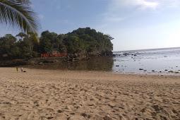Pantai Ngliyep Perjalanan Yang Tak Terduga