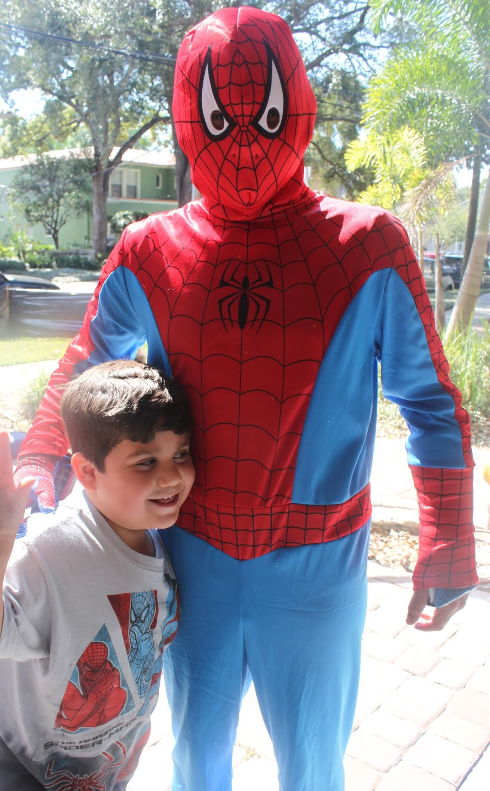 A SpiderMan Inspired 5th Birthday Party - via BirdsParty.com