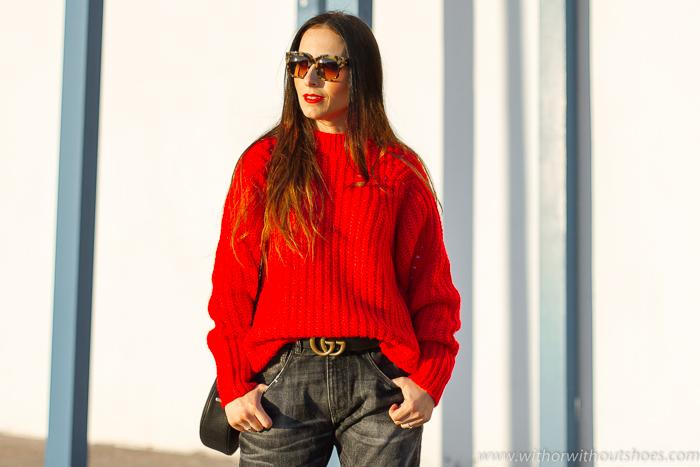 Influencer blogger valencia con look streetstyle estilo ideas consejos para combinar el color rojo