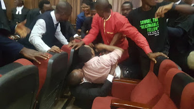 BREAKING: Drama As DSS Re-Arrests Sowore, Bakare In Court (VIDEO)