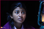 Tholipremalo Movie Stills-thumbnail-8