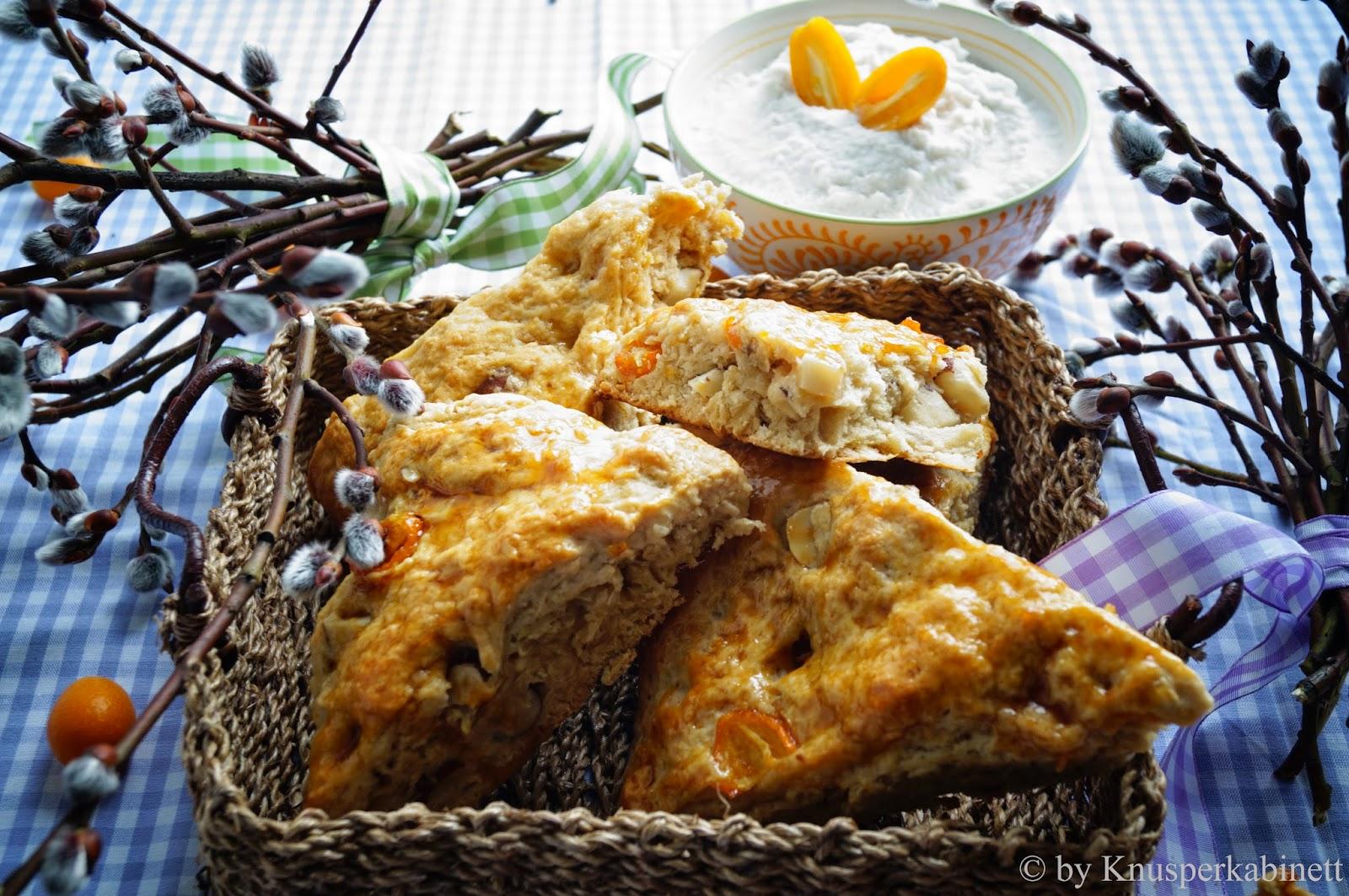 Knusperkabinett: Vegane Kumquats-Paranuss-Scones mit Kokos-Clotted-Cream