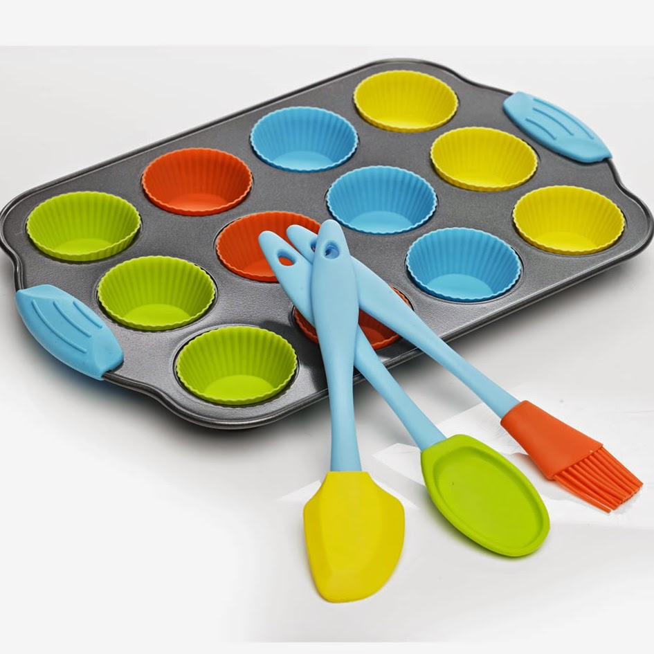 Wilko childrens baking kit