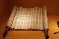 gesù sinagoga nazaret pergamena isaia compimento vangelo commento