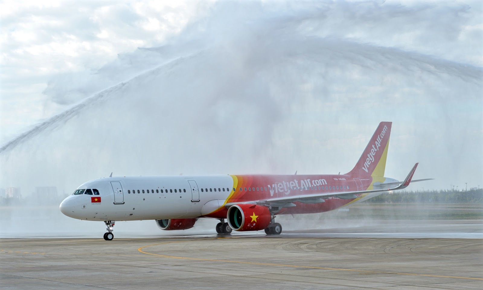 a321neo water salute