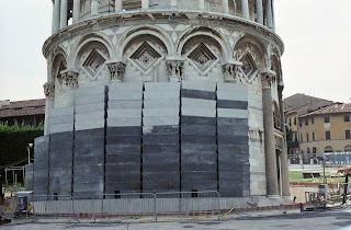 Counterweights helped to stabilise the tower in 1992