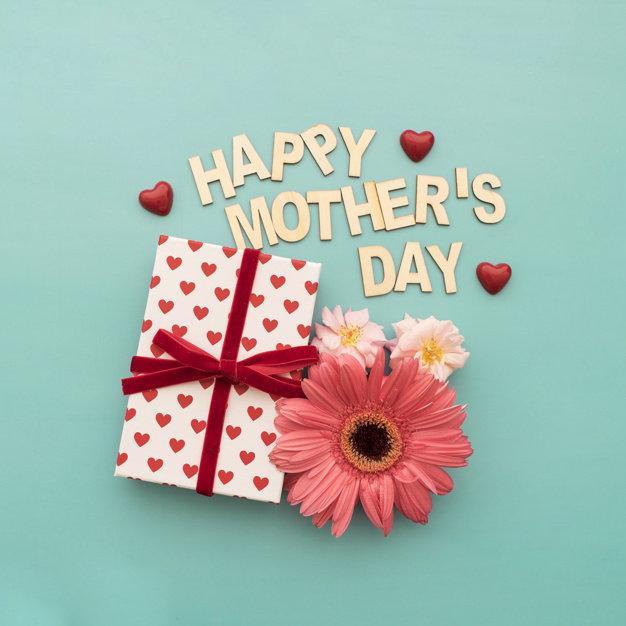 """happy mother's day"""" lettering, gift box, hearts and flowers Free Photo"""
