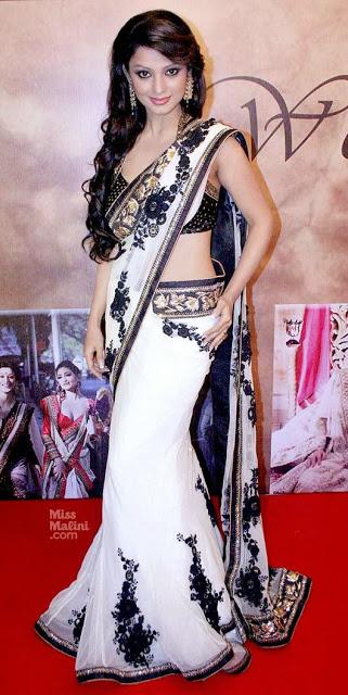 Adaa Khan Naagin Fame Bollywood TV Serial Actress Hot Spicy Photos