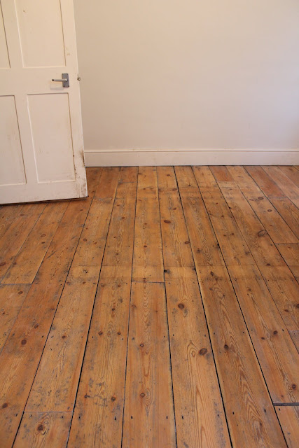 How to keep floorboards looking untreated