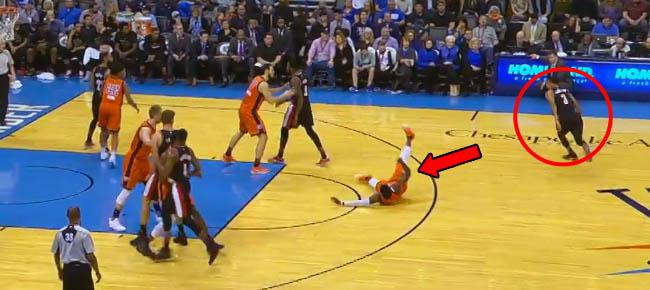 CJ McCollum Puts Defender on Skates (VIDEO)