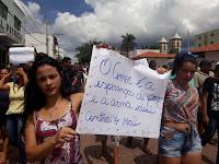 Moradores protestam por segurança