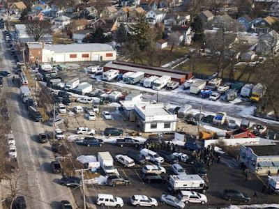 Polis Chicago Mengesahkan Lima Kematian Dalam Kes Penembakkan Rambang Di Aurora, Illinois