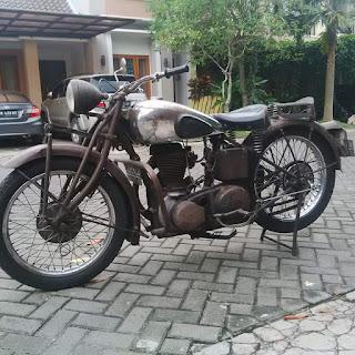 Dijual motor tua motor klasik bsa