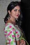 Actress Pavani Gangireddy New galm pics-thumbnail-15
