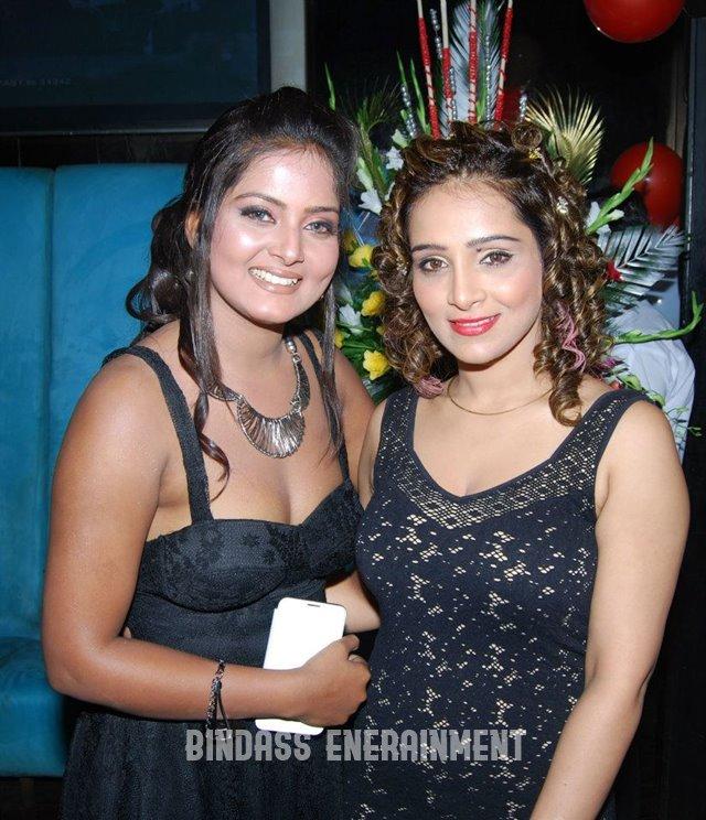 Anjana Singh2