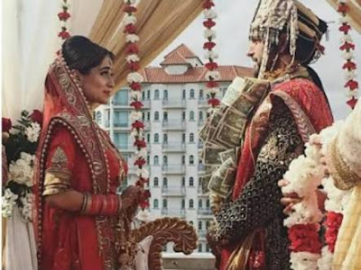 Soumya and Arun Kapoor