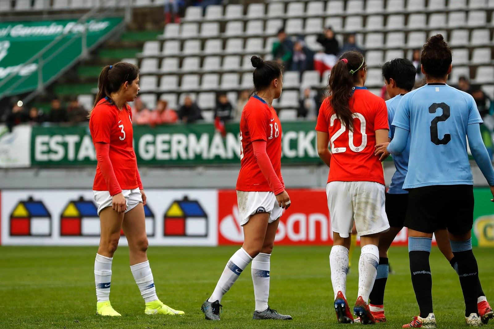 Chile y Uruguay en partido amistoso femenino, 6 de octubre de 2019