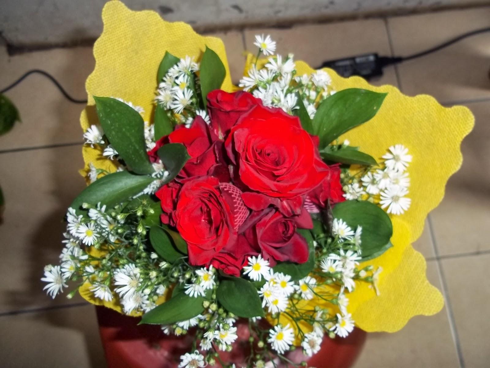 Erwan Dhank Sabrina Flowers Sells Various Fresh Cut Flowers