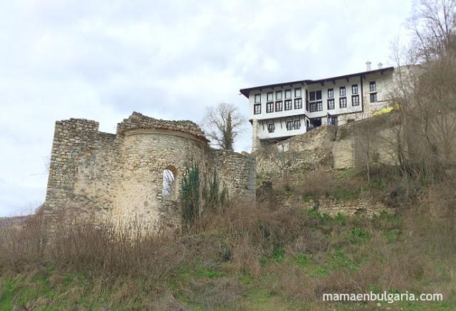 Iglesia de Santa Bárbara y casa Kordopulov, Melnik, Bulgaria