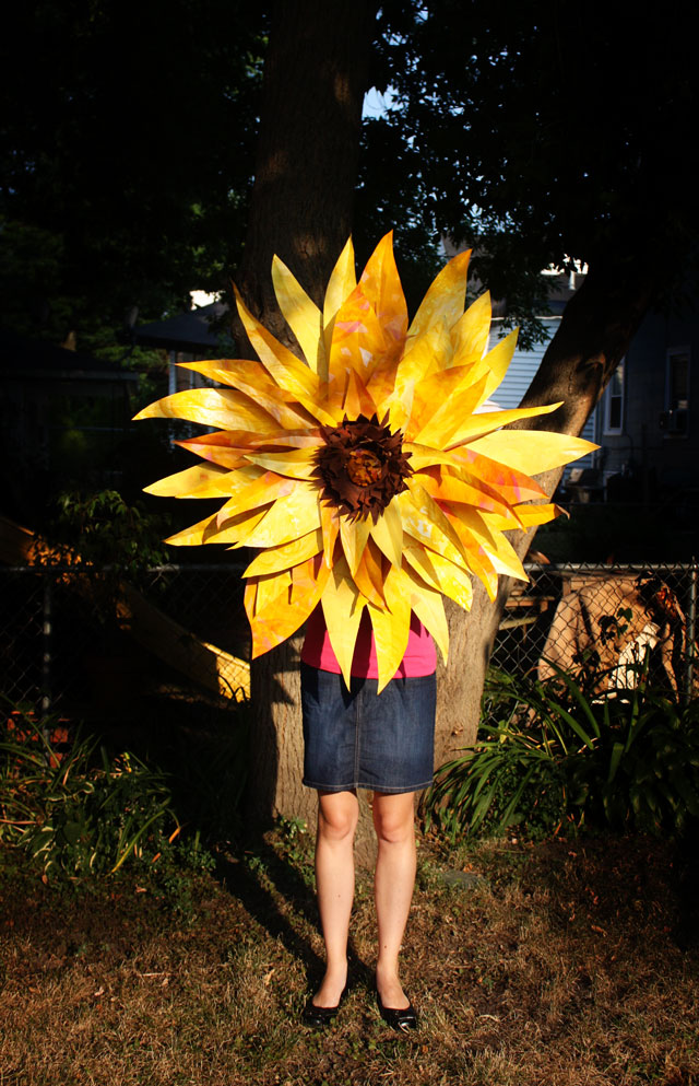 Crafting On A Budget Diy Giant Paper Sunflower
