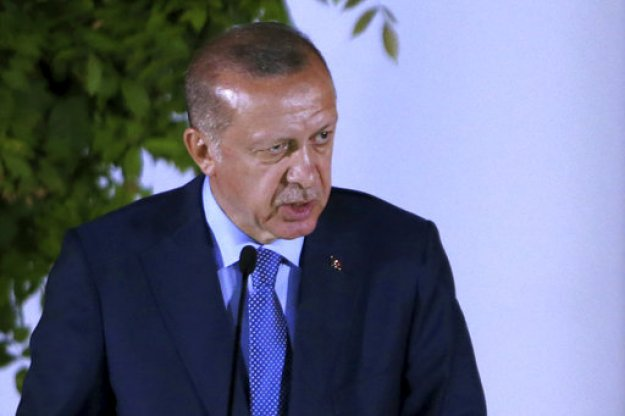 Ο Ερντογάν ανακηρύσσει την Τουρκία σε οικογενειακή επιχείρηση