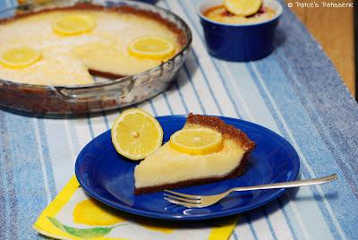 http://patces-patisserie.blogspot.com/2016/05/feine-zitronen-buttermilch-tarte.html