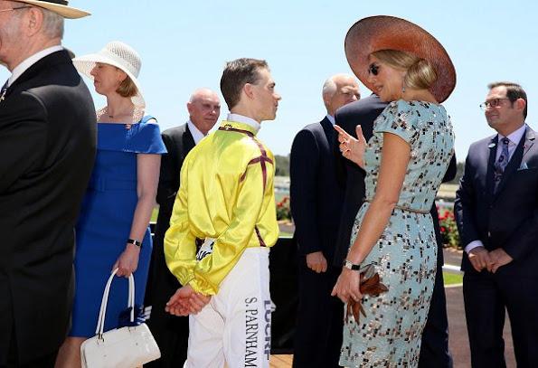 Queen Maxima wore Natan Edouard Vermeulen Art Deco dress, Gianvito Rossi Metallic Pumps
