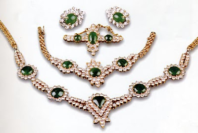 jade and diamond jewelry set