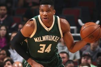 NBA | Στην καλύτερη πεντάδα της εβδομάδας ο Αντετοκούνμπο