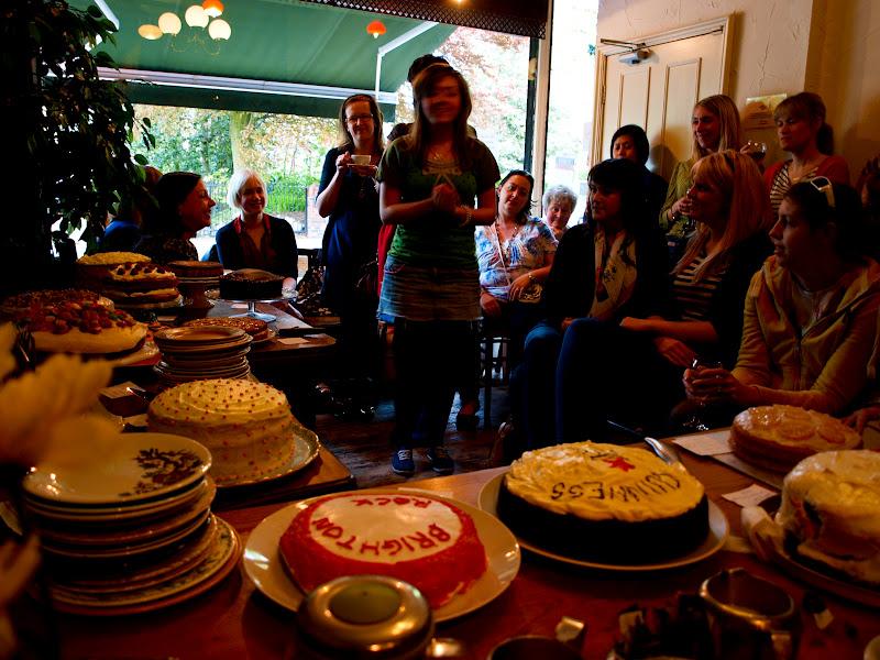 Good gobble!: Clandestine Cake Club at The Art of Tea