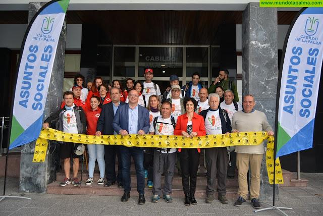 El Cabildo apoya la visibilización del Parkinson con una caminata a pie de la asociación provincial para recorrer la isla