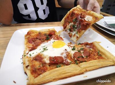 dilon_coffee_eatery_dilon coffee & eatery_review_han yoora_michelle hendra_michimomo_chippeido_endorse_endorsegratis_endorsement_cafe_restaurant_resto_foodies_foodie_foodblogger_blogger_chippeido_chintya_marcheline_march_inijie_instagram_inijiegram_makansampaikenyang_amanda_kohar_merli_jack_magnifico_diary_weirdo_weirdoinpink_pink_secret_love_quotes_poetry_review_culinary_foods_lovefood_instagood_follower_instafollow_photography_tablesituation_potato_chips_tea_green_matcha_ocha_boyfriend_friendship_bf_bae_boo_bei_friend_besties_actor_actrees_chelsea_glen