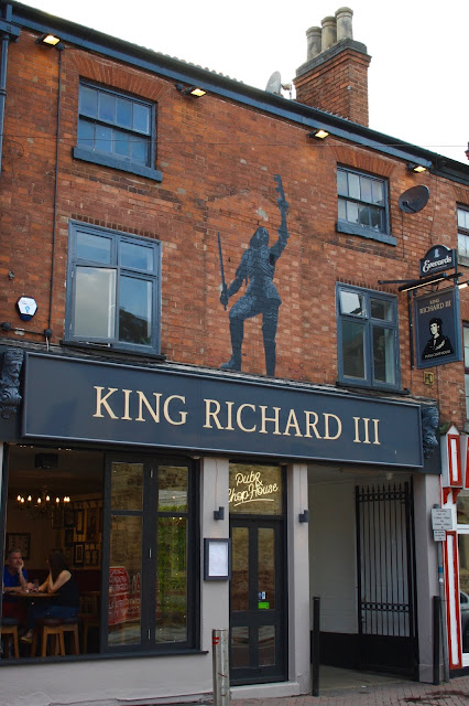 Exterior of the King Richard III pub and chop house