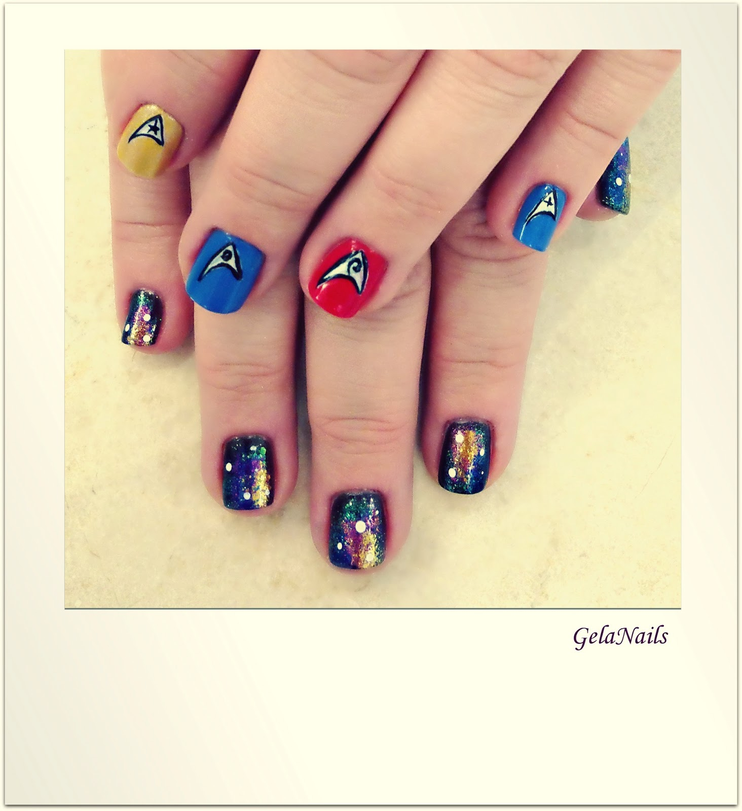 Science Nail Designs: GelaNails: Star Trek Nails