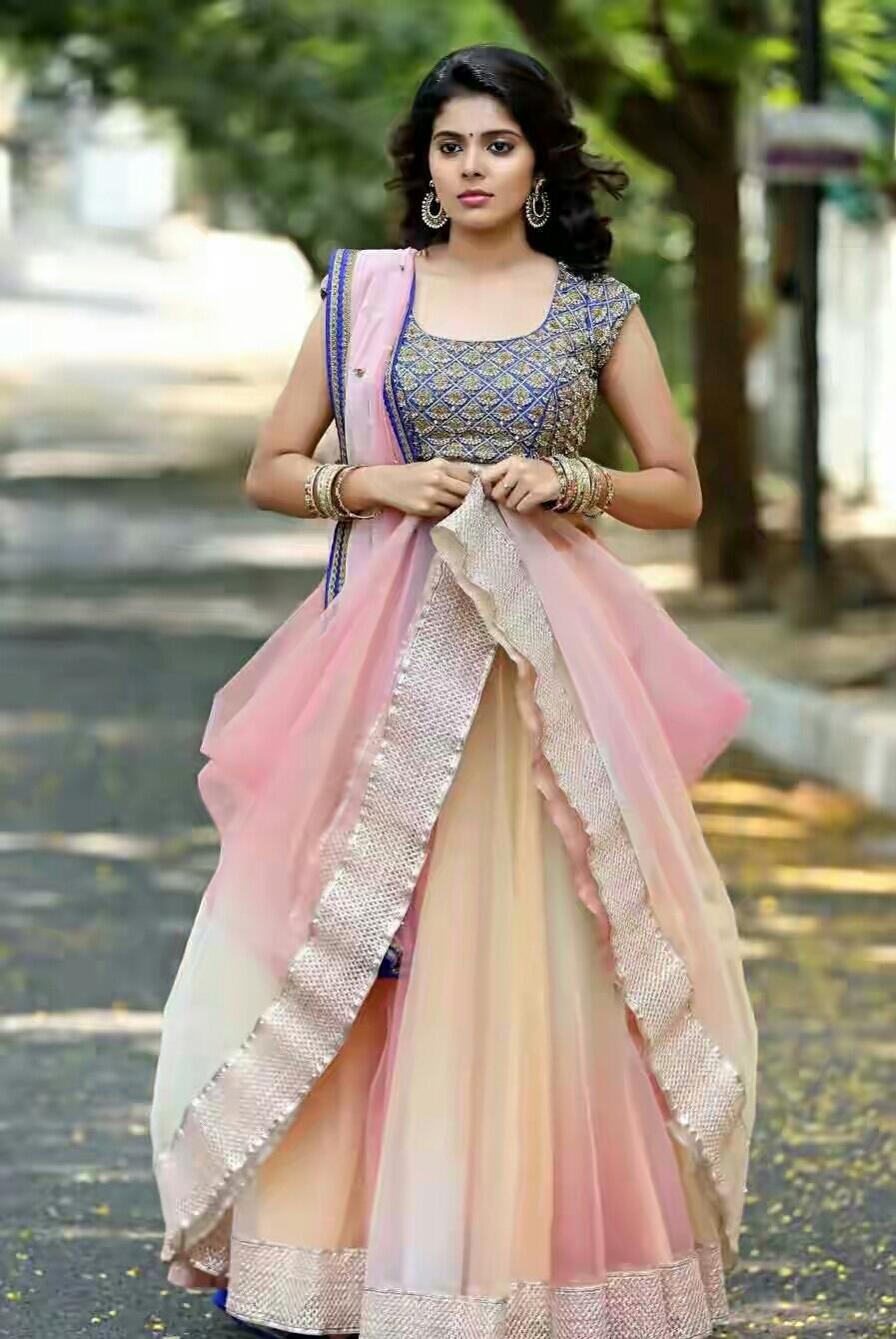 Love you Bangaram Actress Shravya Hot Sexy Photo Gallery ...