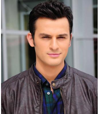 model rambut wajah oval pria