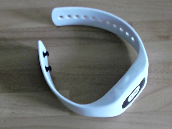 Z Band Silent Alarm - Review