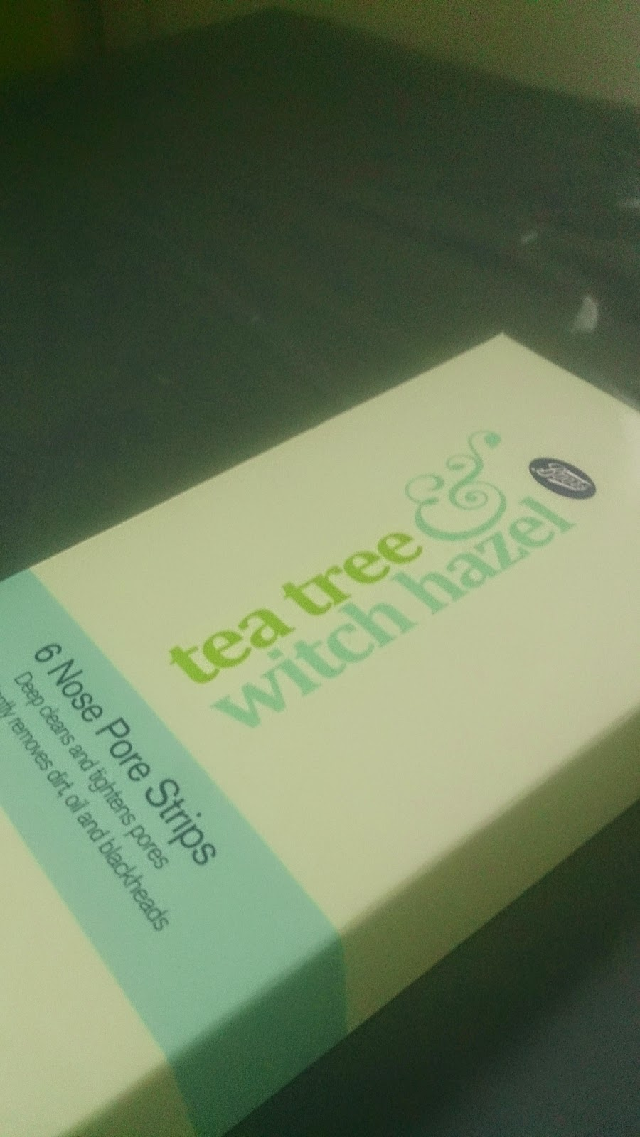 Tea tree & witch hazel nose pore strips