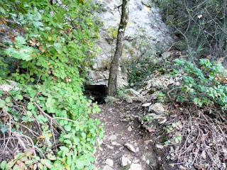 Soyons, les grottes