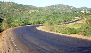Governador inaugura estrada que liga Picuí à divisa com o RN no Programa Caminhos da PB