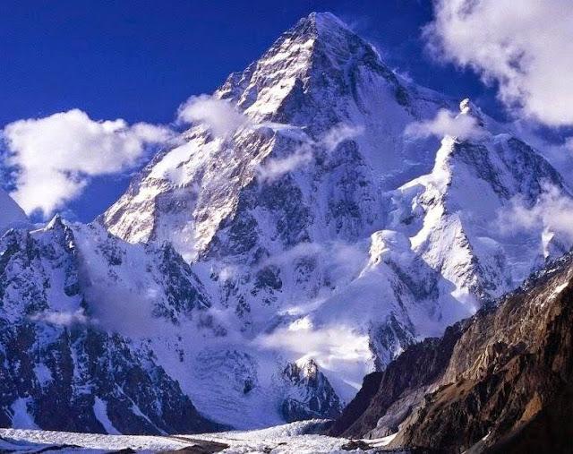 Hasil gambar untuk Gunung Godwin Austen