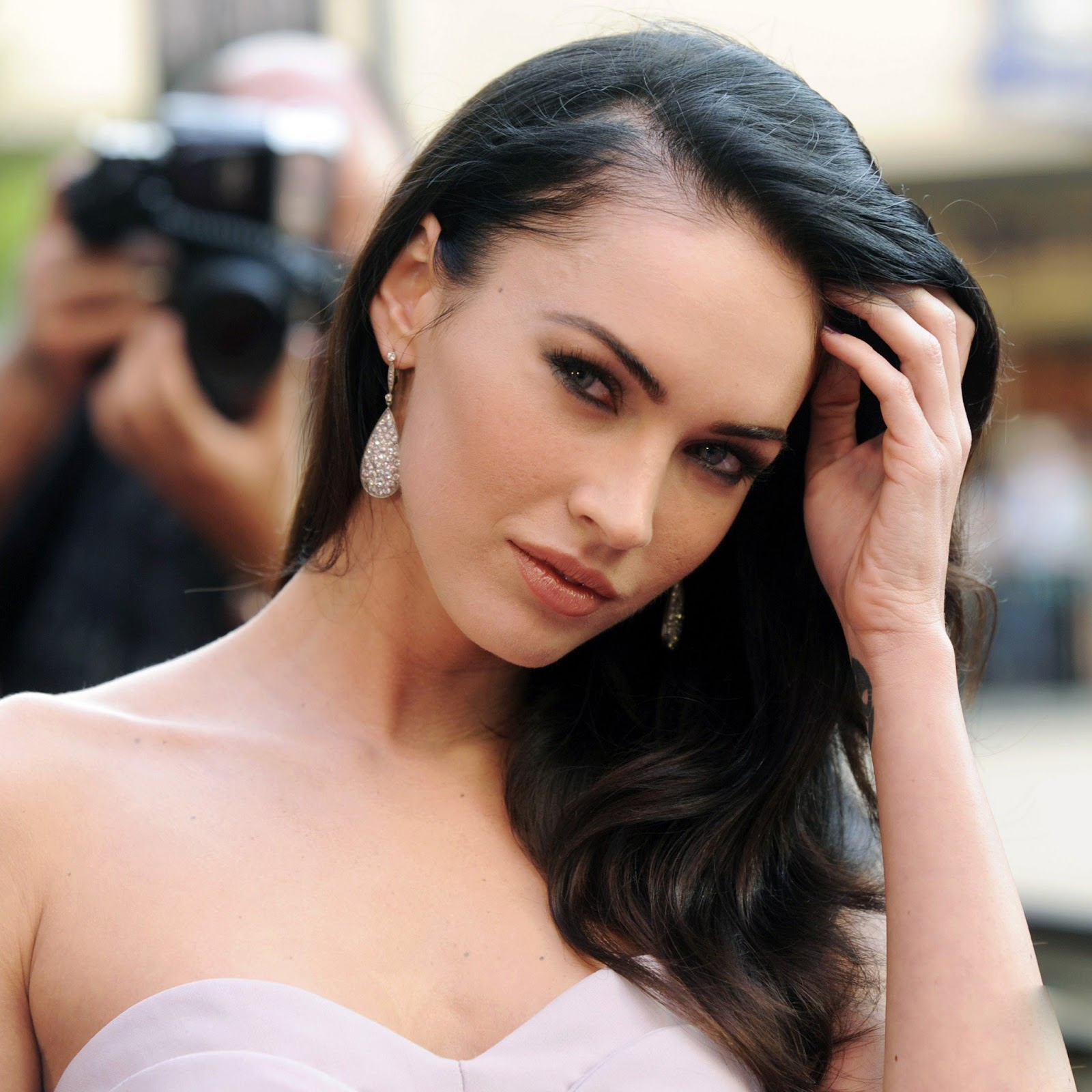 Online Wallpapers Shop: Megan Fox Wallpapers
