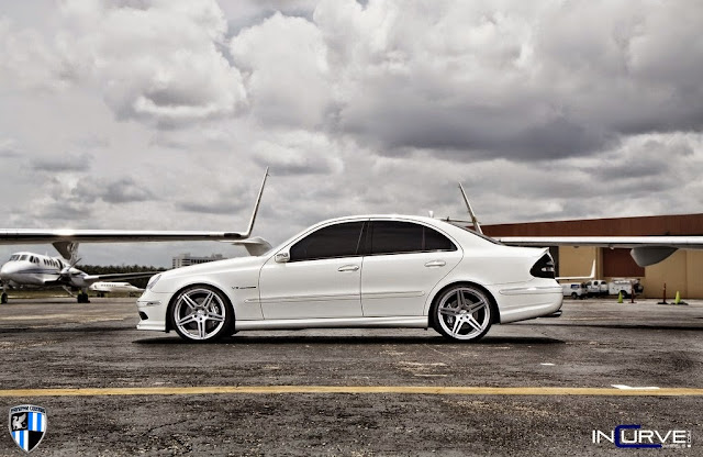 mercedes w211 e55 amg on incurve wheels benztuning. Black Bedroom Furniture Sets. Home Design Ideas