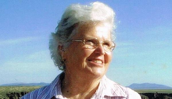 Judith McNaught (1944 -)
