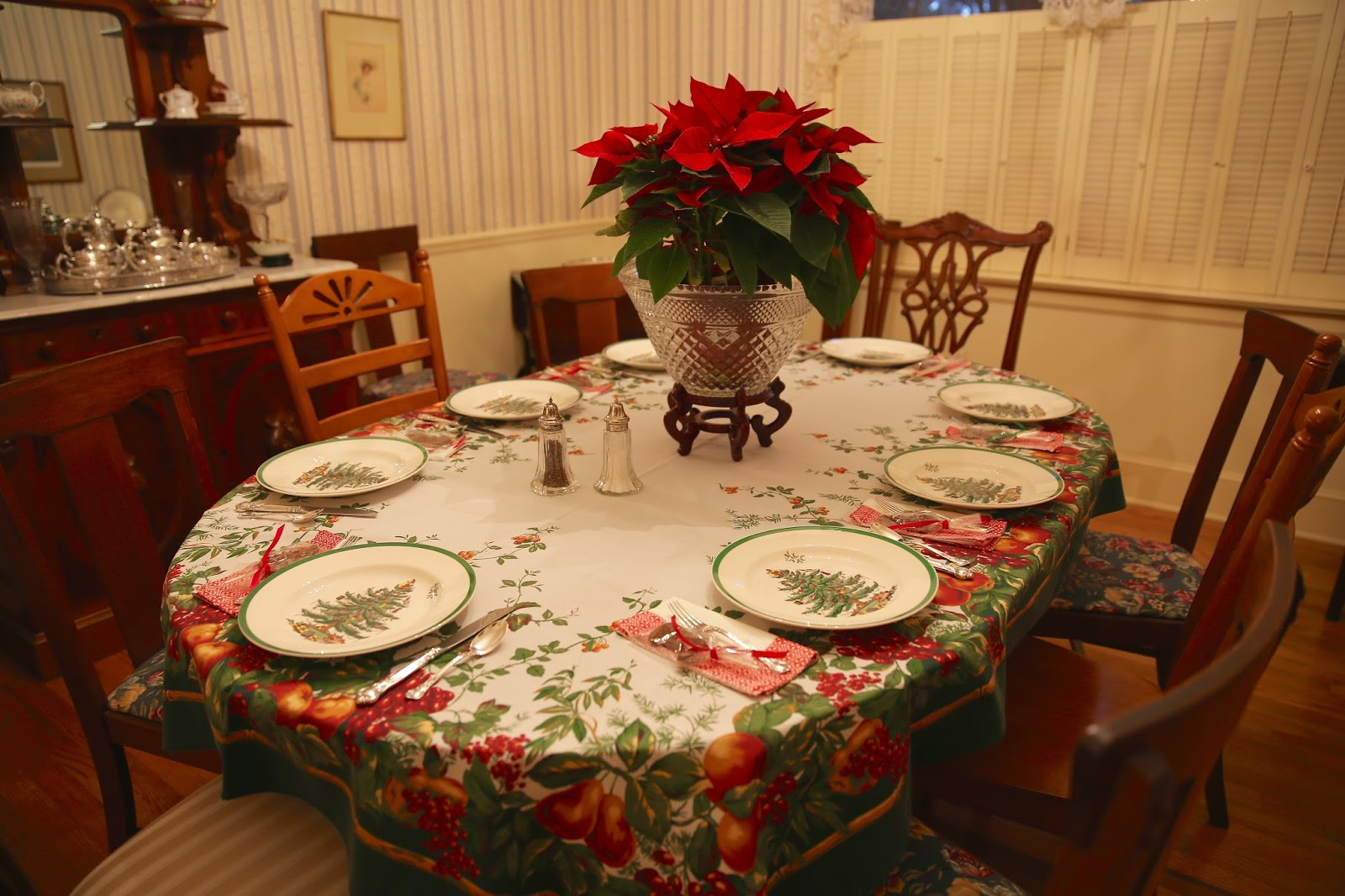 Sweet southern days christmas dinner party including for Dinner party recipes for 12