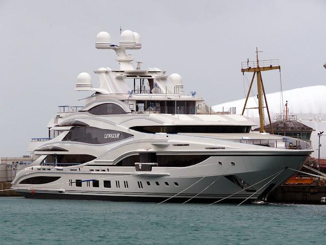 Superyacht Lionheart, IMO 1012323, FB 262, porto di Livorno